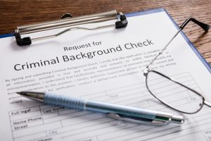 does a dui show up on a background check